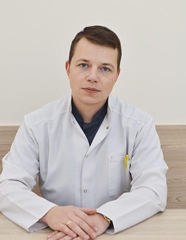 Чумак Павел Александрович - врач уролог